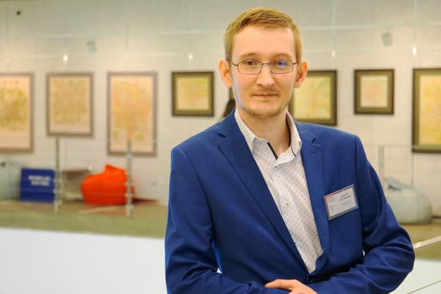 Руководитель института Университета Минстроя Алексей Постовалов принял участие в круглом столе